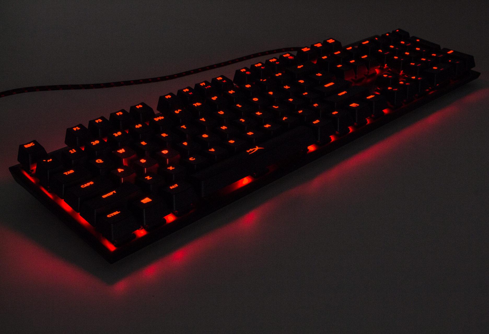 HyperX Alloy FPS Cherry MX Red - czerwone podświetlenie