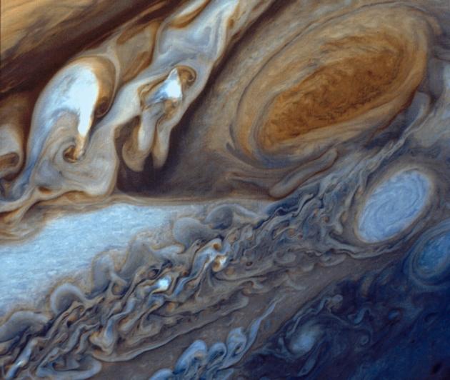 Voyager I zdjęcie Czerwonej Plamy na Jowiszu