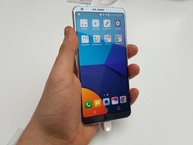 LG G6 w ręce