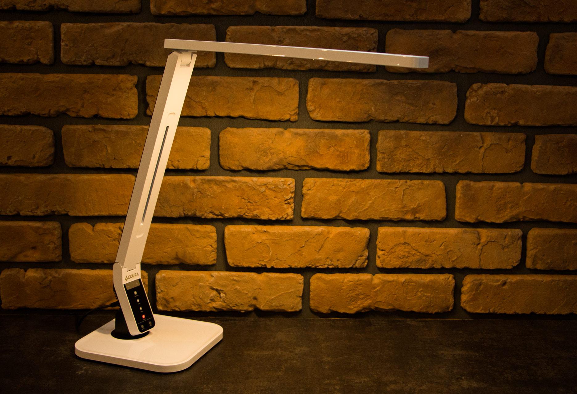 Accura Prestige lampka