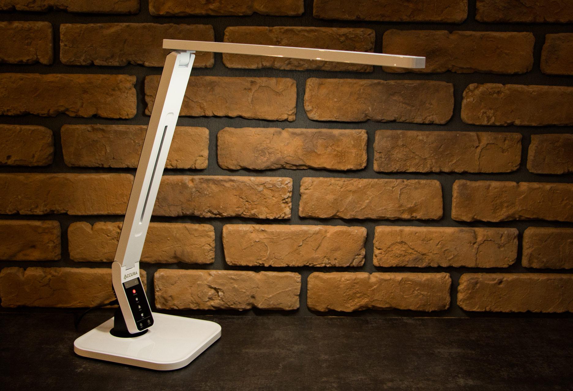 Lampka biurkowa Accura Prestige