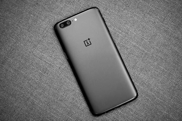 OnePlus 5 - obudowa