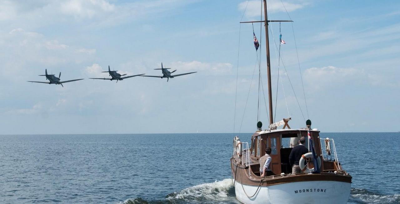 Dunkierka - przelot angielskich samolotów
