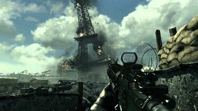 Call of Duty - waląca się Wieża Eiffla