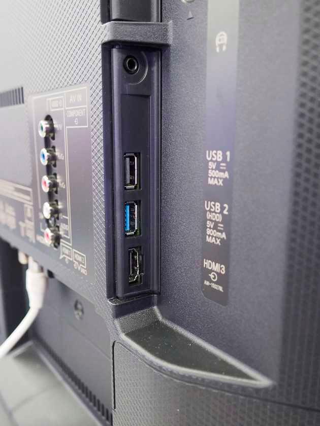 Panasonic 49EX633  - złącza