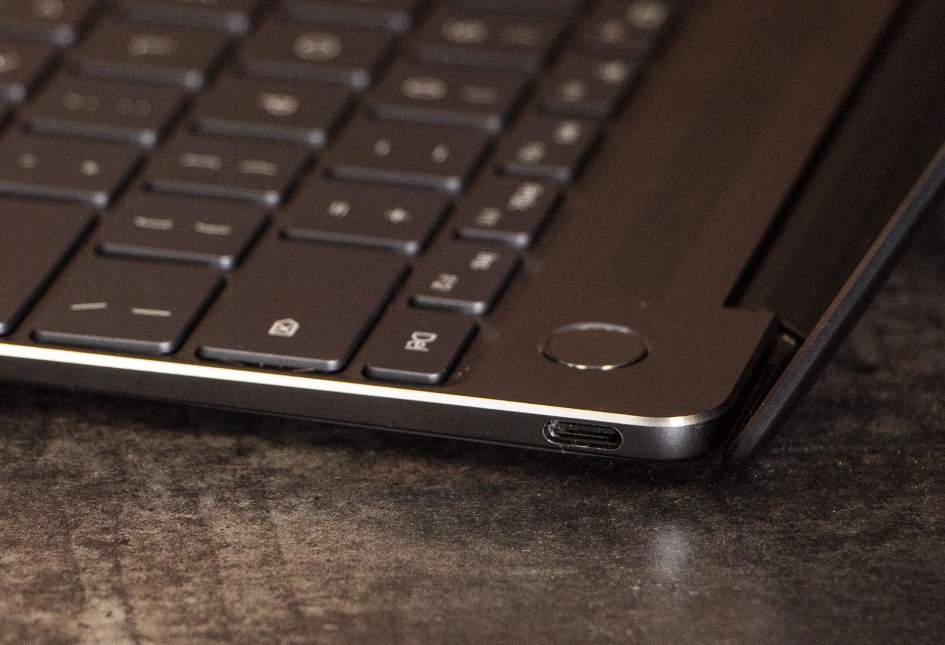 Huawei MateBook X prawy bok