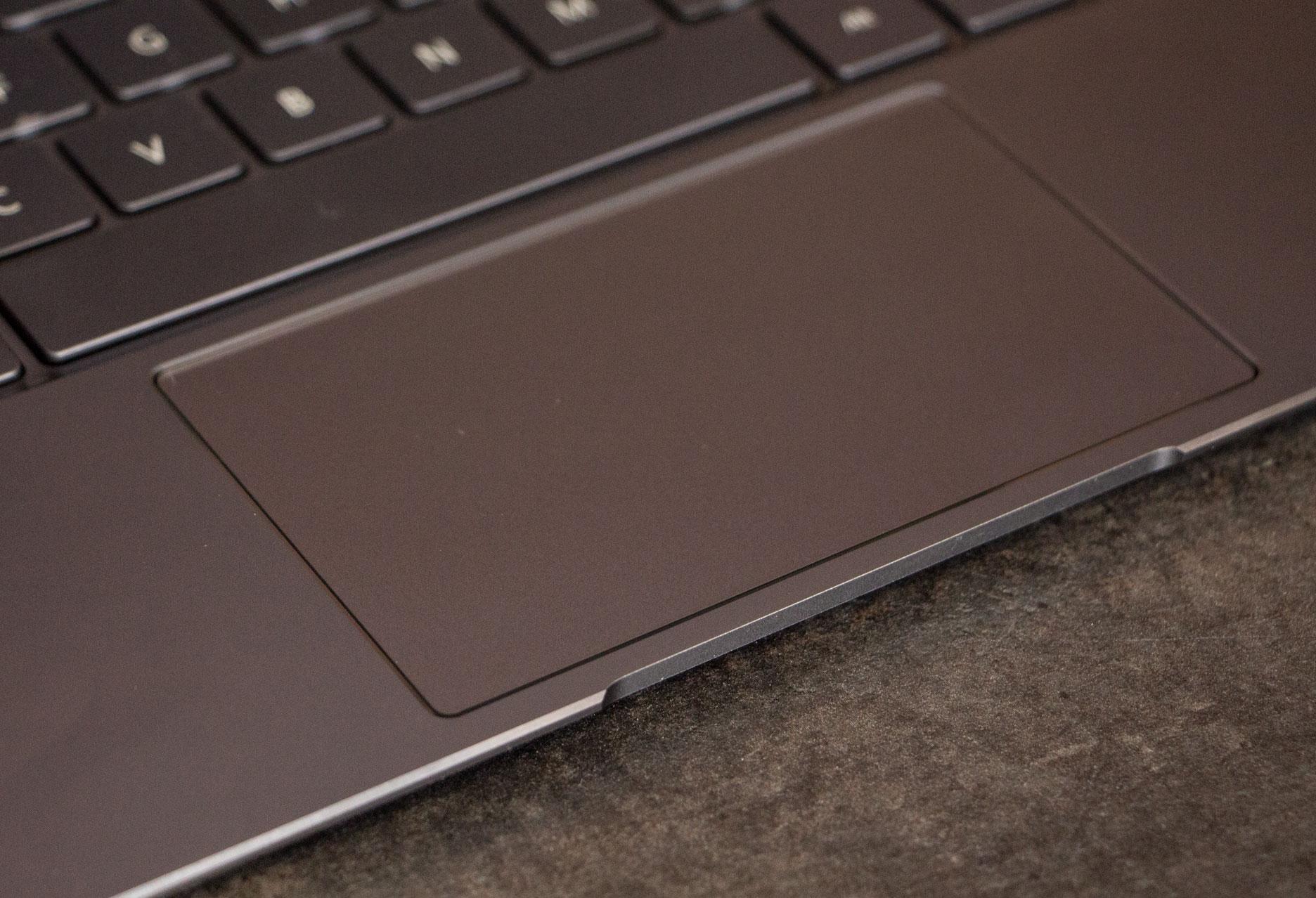Huawei MateBook X touchpad