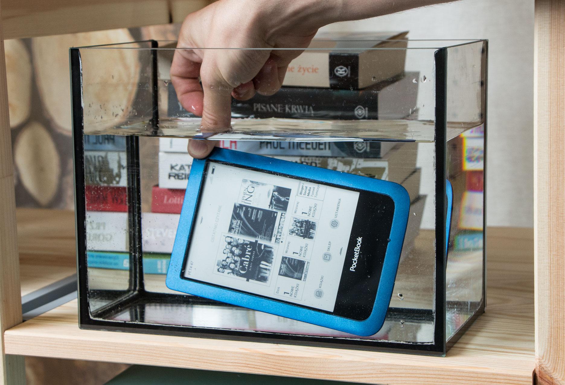 PocketBook Aqua 2 czytnik w wodzie