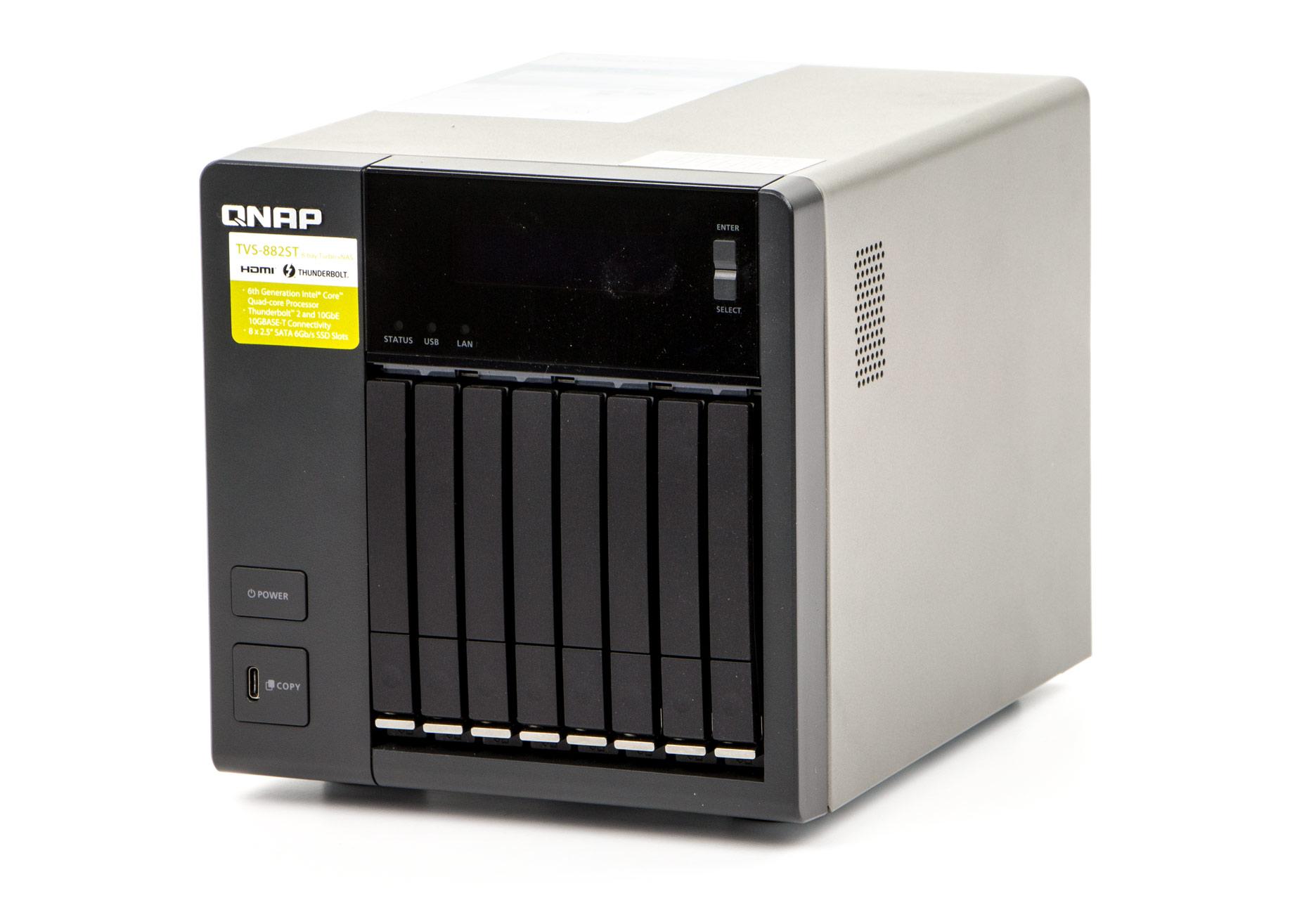QNAP TVS-882ST Przod