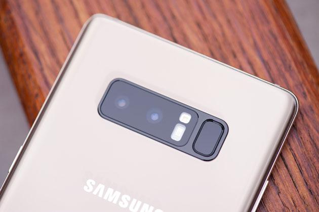 Galaxy Note 8 - podwójny aparat, stabilizacja optyczna, zoom 2x