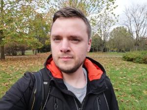 Huawei Mate 10 Pro przykładowe zdjęcie selfie