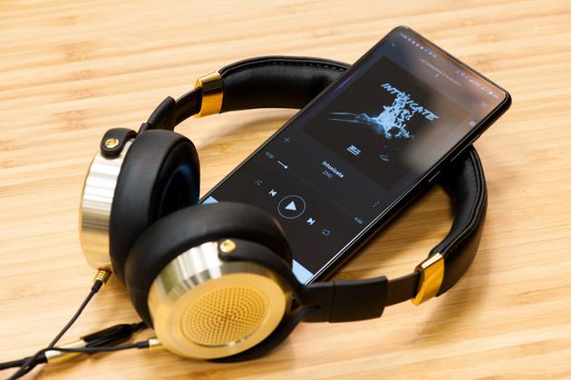 Xiaomi Mi Mix 2 - ze słuchawkami