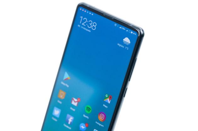 Xiaomi Mi Mix 2 - smartfon z cienkimi ramkami wokół ekranu