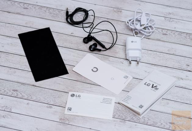 LG V30 zawartość zestaw