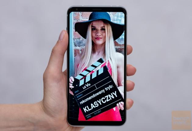 LG V30 ekran na wprost
