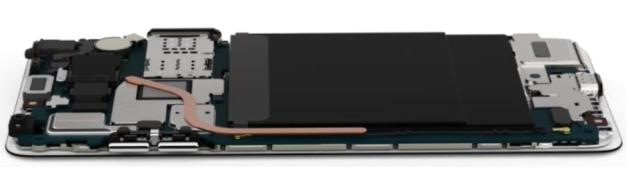 LG V30 ciepłowód