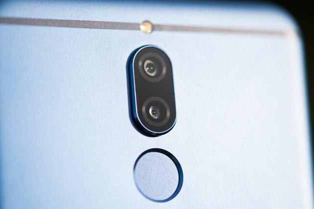 Huawei Mate 10 Lite - podwójny aparat tylny