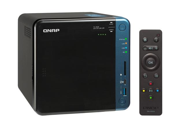 QNAP TS-453B bok