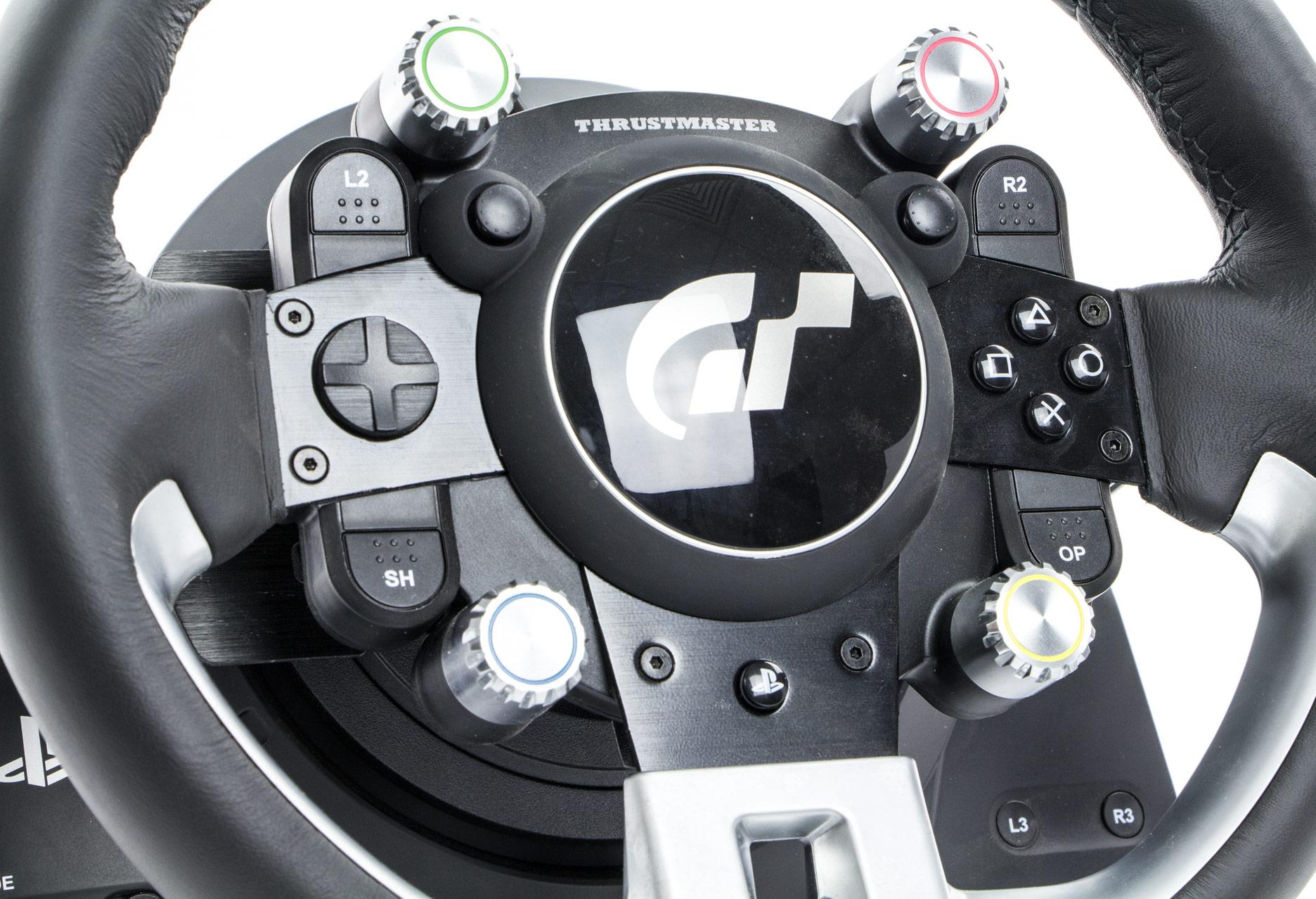 Thrustmaster T-GT - przeszycia i przyciski kierownicy