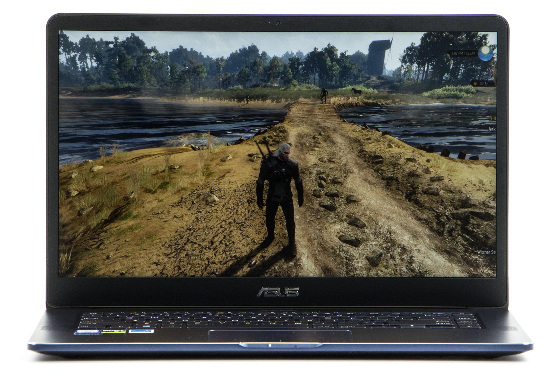 Asus Zenbook Pro UX550VD przód