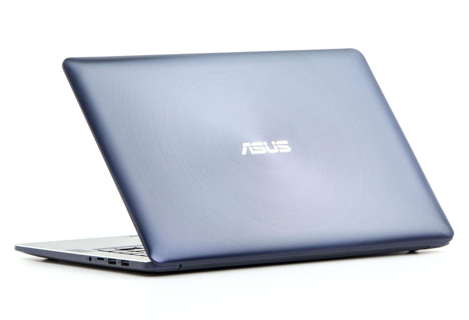 Asus ZenBook Pro UX550VD tył