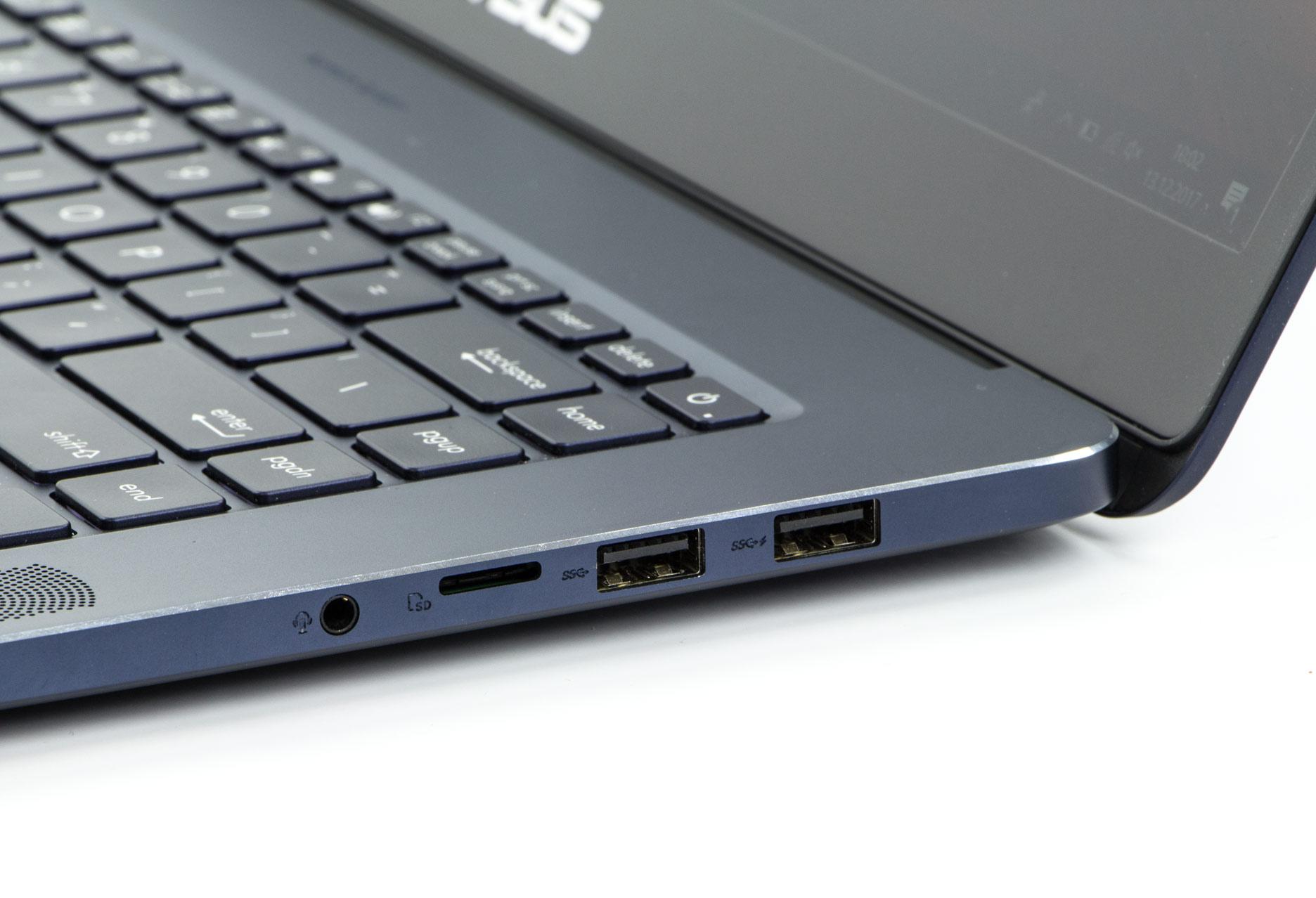 Asus ZenBook Pro UX550VD prawy bok