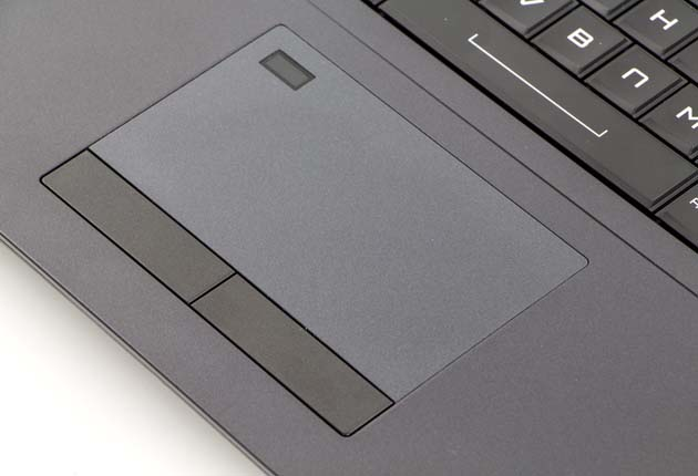 Dream Machines X1080-17PL32 touchpad