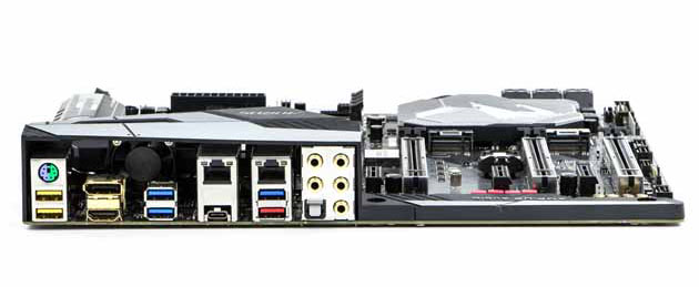 Gigabyte Z370Aorus Gaming 7 - tylny panel