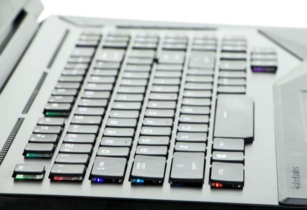 MSI GT75VR 7RF Titan Pro klawiatura