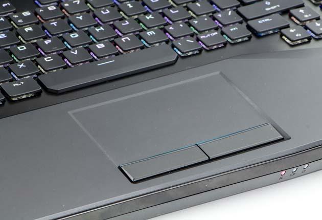 MSI GT75VR 7RF Titan Pro touchpad