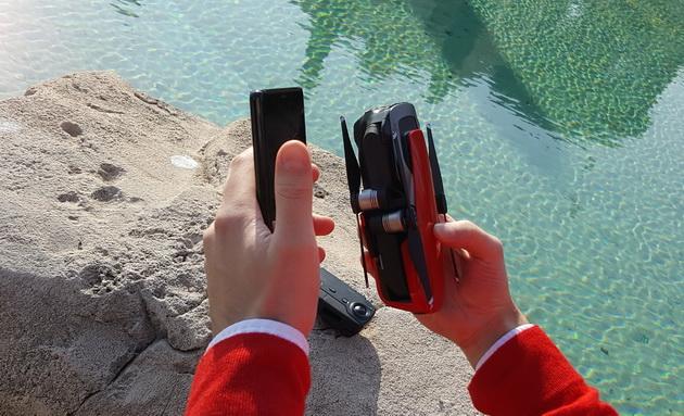 DJI Mavic Air - porównanie do smartfona