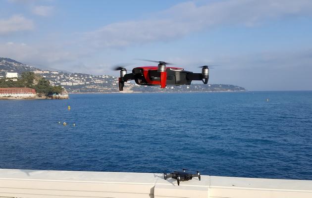 DJI Mavic Air - dron w powietrzu