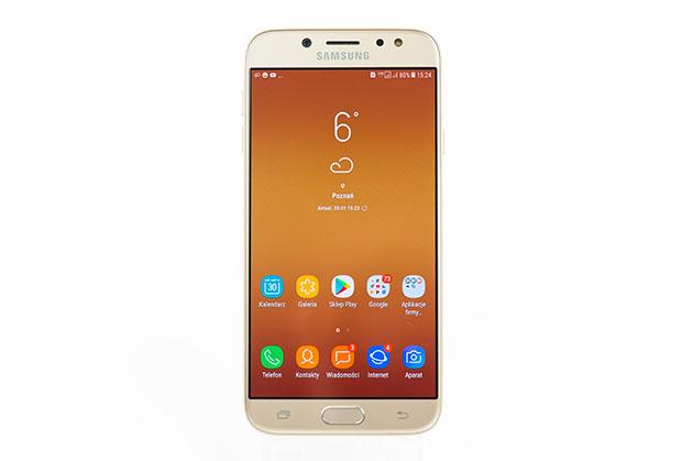 Samsung Galaxy J7 2017 - wyświetlacz Super AMOLED
