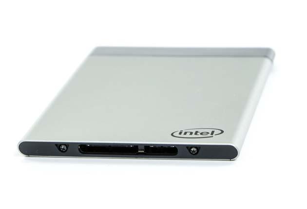 Intel Compute Card - złącze