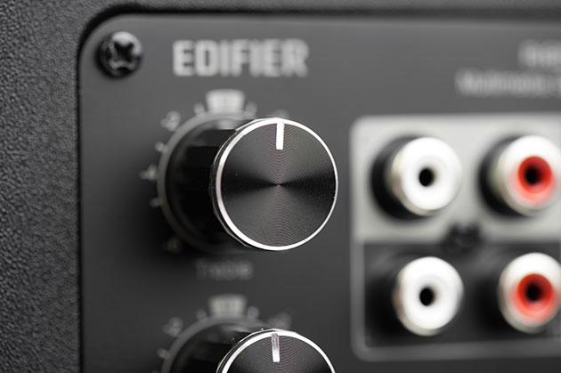 Edifier R1850DB - potencjometr