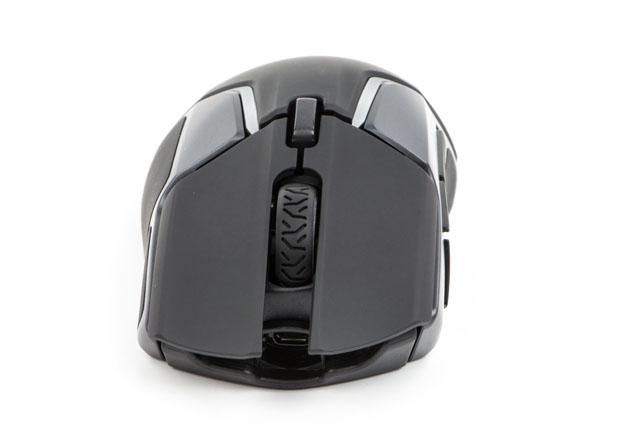 SteelSeries Rival 600 - rolka i przycisk pod nią