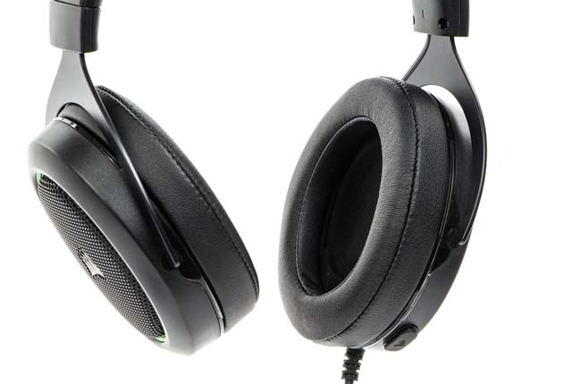 Corsair HS50 - słuchawki bez dopiętego mikrofonu