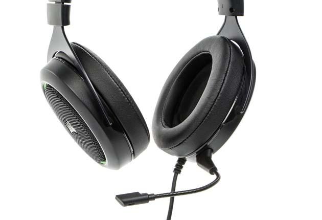 Corsair HS50 - słuchawki z dopiętym mikrofonem