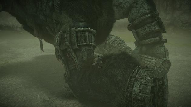 Shadow of the Colossus - wchodzenie na nogę kolosa