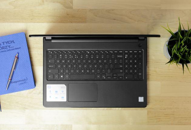 Dell Inspiron 15 3567 panel roboczy i klawiatura