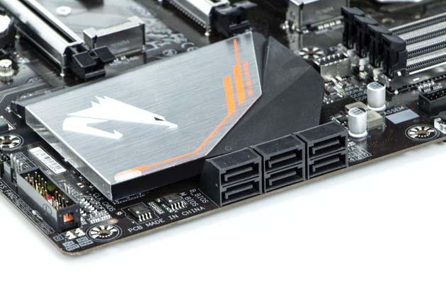 Gigabyte H370 Aorus Gaming 3 Wi-Fi - porty