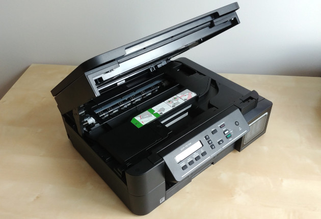 Brother DCP-T510W otwarty