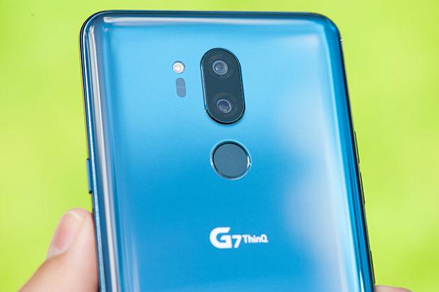 LG G7 - szklany tył
