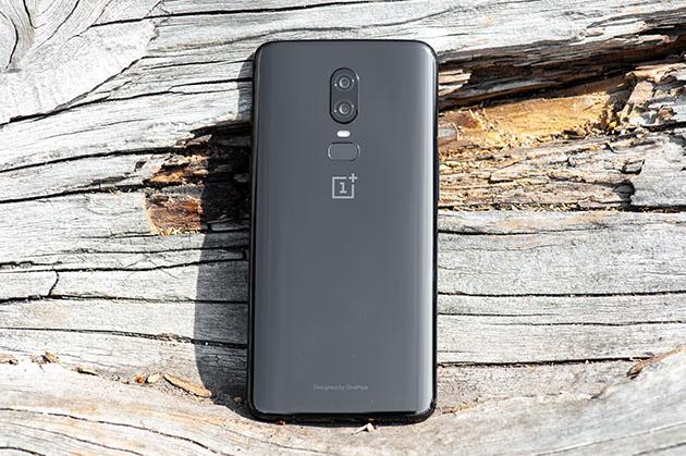 OnePlus 6 - tył