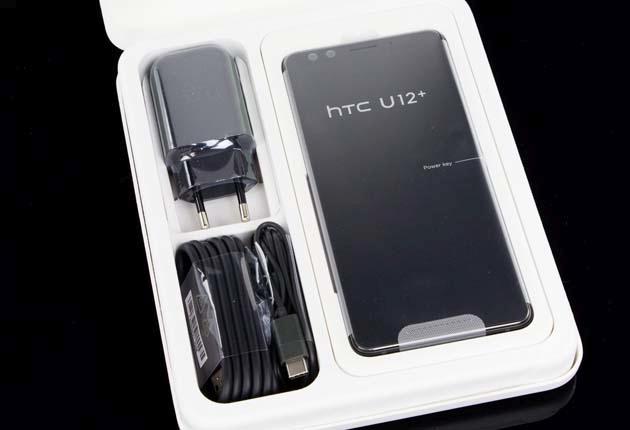 HTC U12+ zestaw