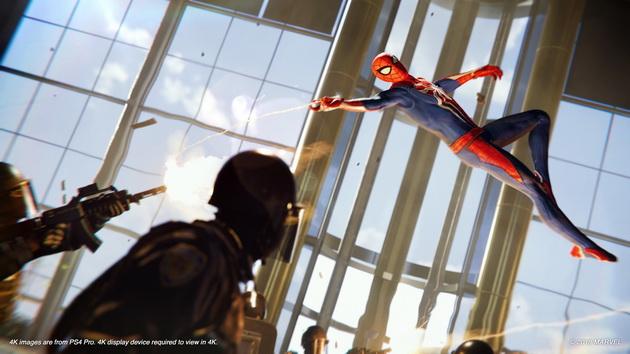 Spider-Man - przeskok nad wrogiem
