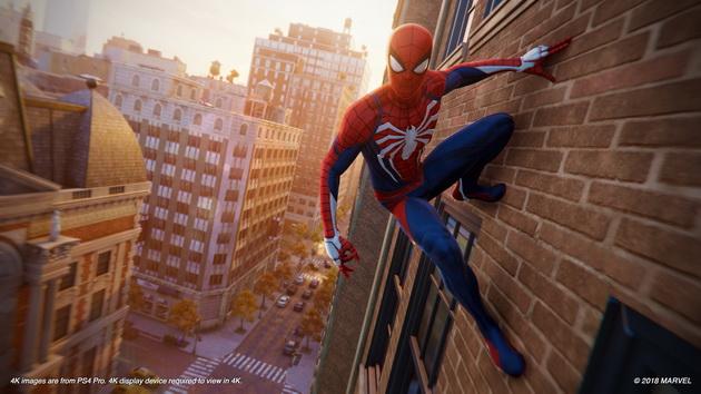 Spider-Man - przyczepiony do ściany