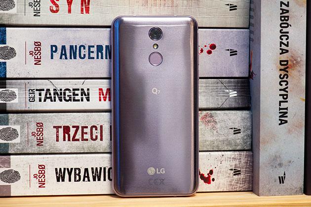 LG Q7 - dobry telefon klasy średniej