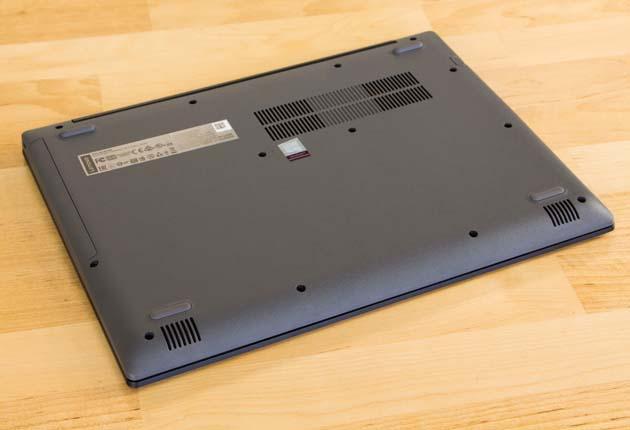 Lenovo Ideapad 320-14IKB spód
