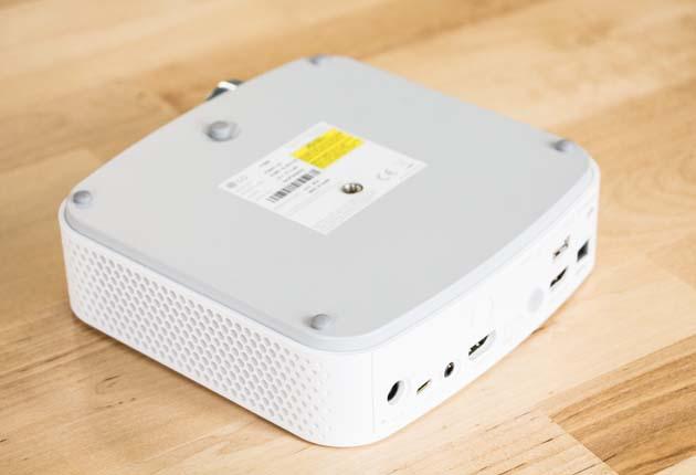 LG PF50KS - można go zamontować na statywie